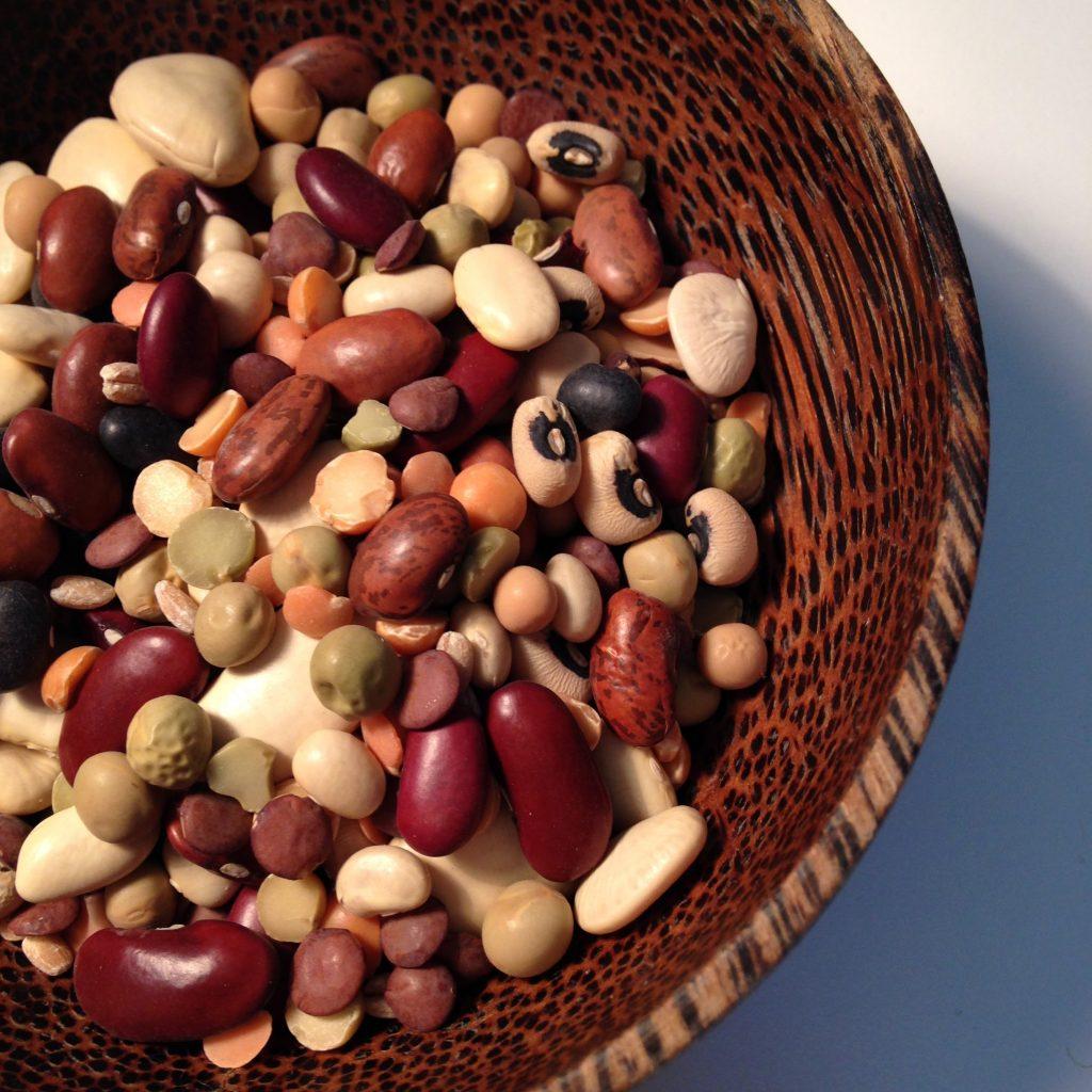 世界の豆から小豆をみる