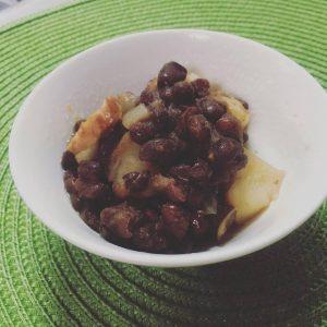 ワーキングマザー向け時短料理:小豆とじゃがいものスープ煮